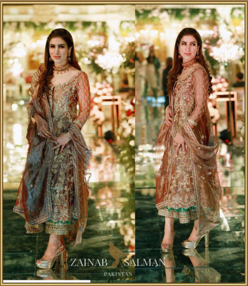 Picture of gorgeous client drapped in Zainab Salman