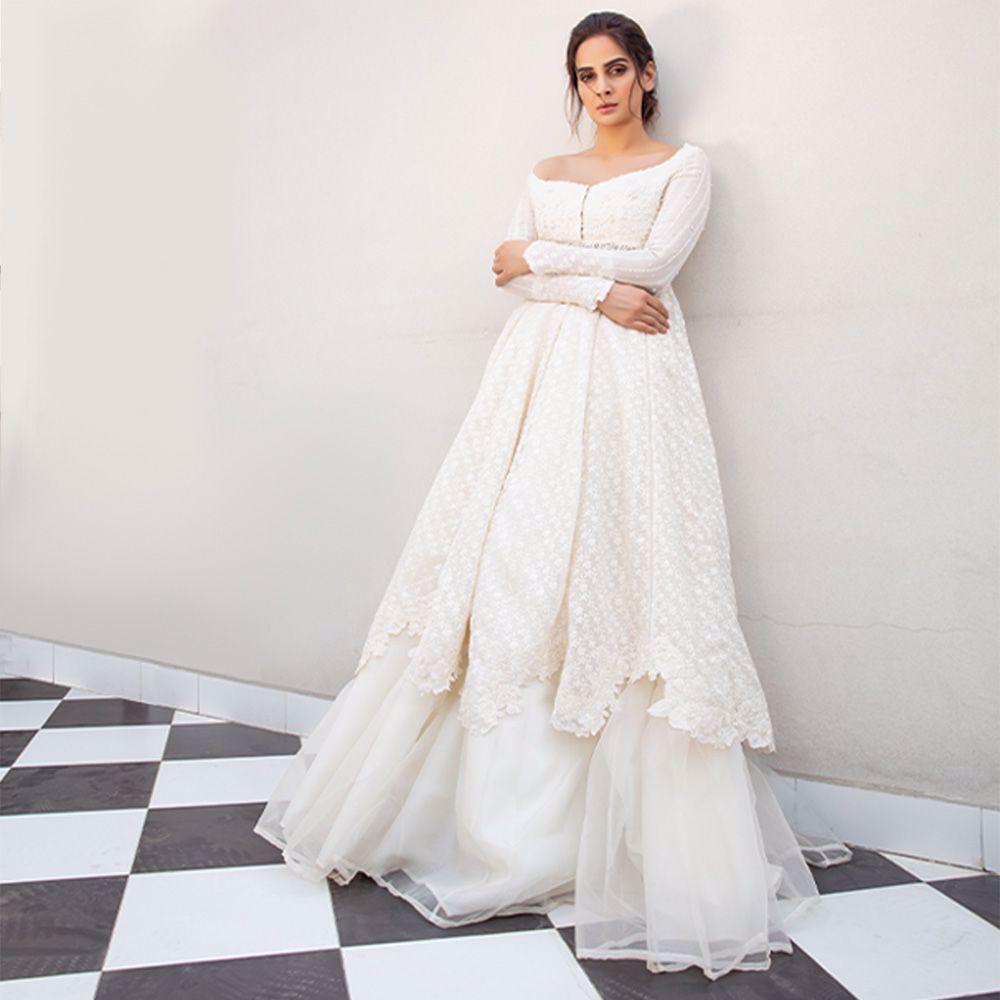Picture of Saba Qamar left us all awestruck in a Zainab Salman white couture ensemble!